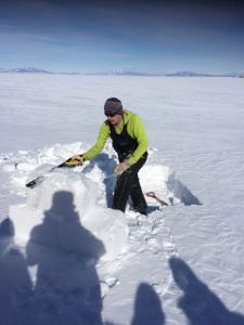 Learning how to make snow bricks
